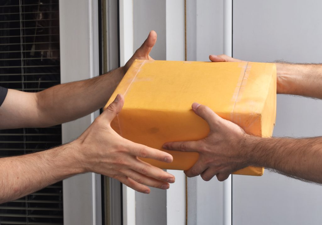 package-delivery-JDQUN63